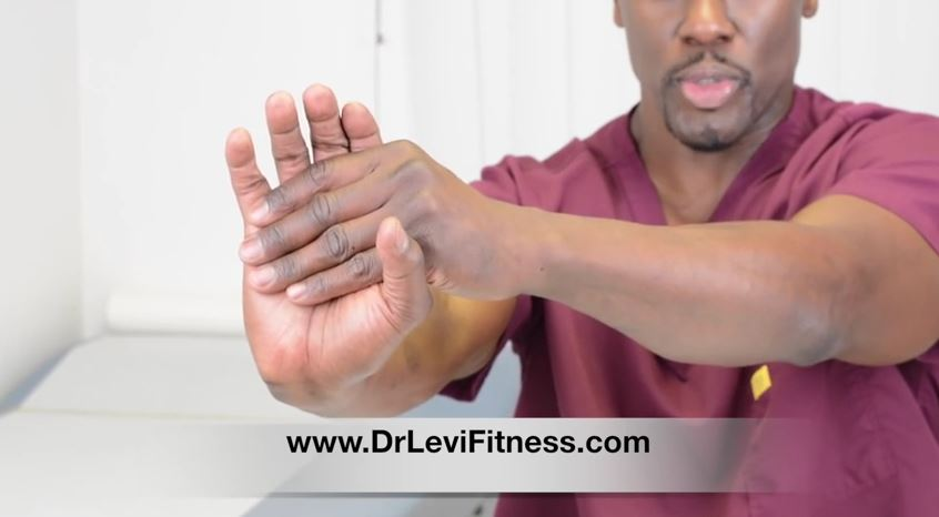 Gamers, use these hand/wrist stretches to improve play