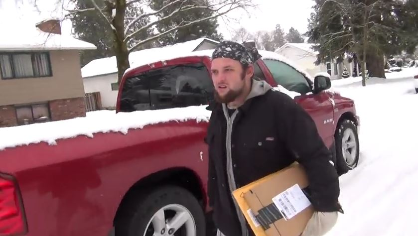 Package thief stopped by neighbor