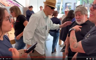 Steve-O & The Woz go to an Apple store