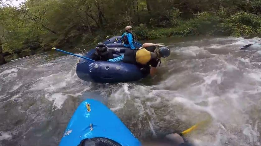 Sisters fight while rafting down Nantahala River in North Carolina